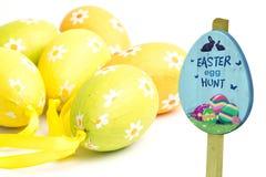 复活节彩蛋狩猎标志的综合图象 免版税图库摄影