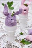 复活节彩蛋的逗人喜爱的兔宝宝 库存图片