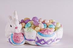 复活节彩蛋糖果,兔宝宝, 免版税库存图片