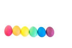 复活节彩蛋行在白色背景隔绝的 免版税库存照片