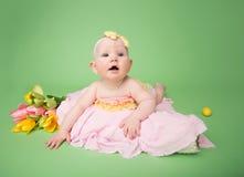 复活节成套装备的,肚子时间婴孩 免版税图库摄影