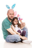复活节父亲和女儿 免版税库存图片