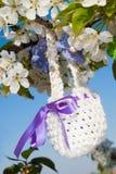 复活节的被编织的篮子 库存照片