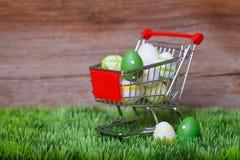 复活节购物 图库摄影