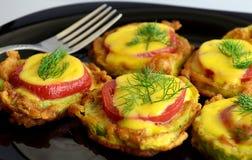 夏南瓜蕃茄和乳酪开胃菜  图库摄影