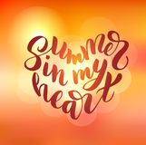 夏天在我的心脏-手拉的刷子字法 图库摄影