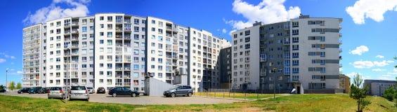 夏天在立陶宛维尔纽斯市Pasilaiciai区的首都 免版税库存图片