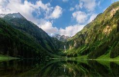 夏天在阿尔卑斯 库存图片