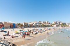 夏天地中海海滩场面La维拉Joisa,阿利坎特西班牙 库存图片
