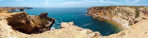 夏天大西洋海岸阿尔加威,葡萄牙 库存照片