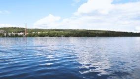 夏天小船旅行在Pyhajarvi 股票视频