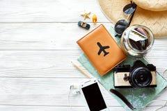 夏天旅行旅行癖概念,文本的,平的位置空间 映射 免版税库存图片