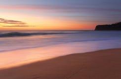 夏天日出Bungan海滩澳大利亚 免版税库存照片