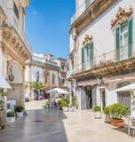 夏天早晨在马丁纳角弗朗卡,塔兰托,普利亚,南意大利省  库存照片