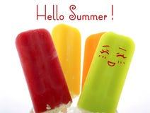 夏天是这里与明亮的颜色的概念冰淇凌 库存照片