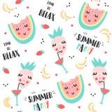 夏天样式用西瓜、草莓和香蕉 免版税图库摄影