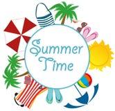 夏天海滩辅助部件 与白色圈子的横幅设计文本的 免版税库存照片