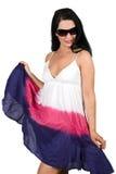 夏天礼服的妇女与太阳镜 免版税库存照片