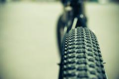 夏天自行车乘驾 免版税库存图片