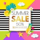 夏天销售布局设计模板 纸艺术 季节与柑橘,海星,菠萝,羽毛, Monstera的提议横幅 库存照片