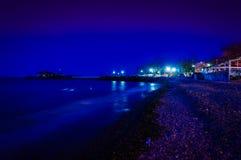 夏天镇在冬天晚上 免版税库存图片