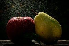 夏天雨和果子 库存图片
