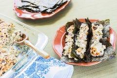 夏威夷人被烤的寿司炸玉米饼 库存图片