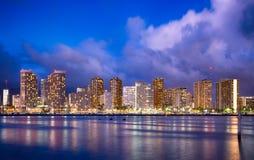 夏威夷在晚上 库存照片