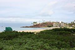 夏威夷毛伊Ka'anapali海滩和黑色岩石 免版税库存照片