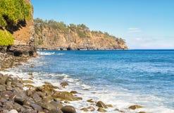 夏威夷海岛北海岸线坚固性峭壁  库存照片