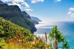 夏威夷考艾岛Napali海岸Kalalau足迹 图库摄影