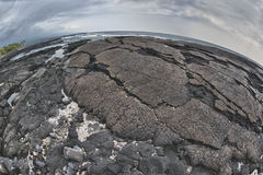 夏威夷黑熔岩岸 免版税库存图片