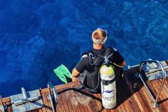 夏尔马埃及, 2017年10月22回教族长日, :在开阔水域的潜水教训 免版税库存照片