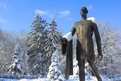 夏尔・戴高乐雕象在布加勒斯特 免版税图库摄影