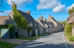 夏日在英国村庄 免版税图库摄影