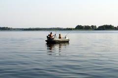 夏令时消遣小船渔 免版税库存照片