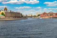 夏令时都市风景在俄罗斯莫斯科的首都 免版税图库摄影