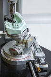 外科迪玛牙齿假肢的机器 免版税库存照片