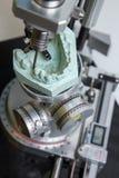 外科迪玛牙齿假肢的机器 库存图片