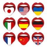 外语学校概念 美国英国德国意大利法国中国乌克兰西班牙的外语舌头开放嘴旗子 库存图片