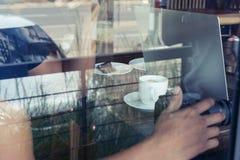 从外部咖啡店的照片 免版税库存照片