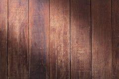 外部的内部和工业建筑构思设计的木纹理背景 免版税库存照片