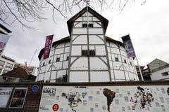 外部观点的莎士比亚的GlobeTheatre 免版税库存照片