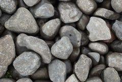 外面湿石头 库存照片