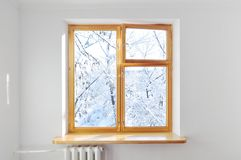 外面窗口白色墙壁冬天 图库摄影