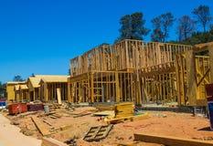 多个新的家建设中 免版税库存图片