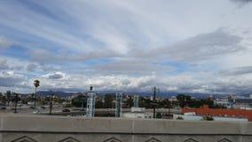 多云的城市 免版税库存照片