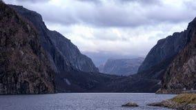 多云,黑暗的谷在挪威 免版税图库摄影