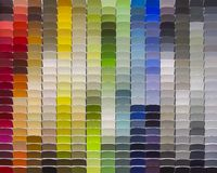 多五颜六色的油漆样品 库存照片
