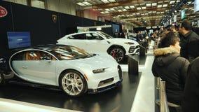 多伦多,加拿大, 2018年2月20日:在多伦多世界博览会的一定数量昂贵的豪华汽车 股票录像